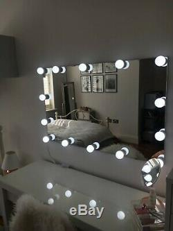 Stunning Hollywood Mirror Large with wall fixtures
